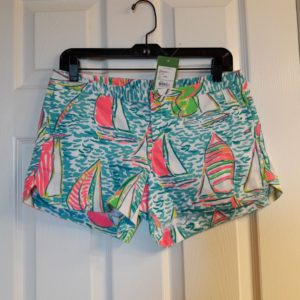 Lilly Pulitzer Multi Pop Up Ugotta Regatta Adie Short Size 2