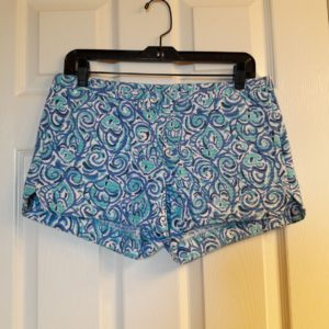 Lilly Pulitzer Resort White Chasing Tail Adie Short Size 2