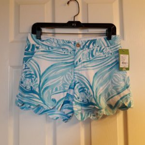 Lilly Pulitzer Resort White Sea Ruffles Buttercup Short Size 2