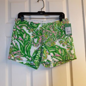 Lilly Pulitzer Resort White Seeing Pink Elephants Callahan Short Size 2