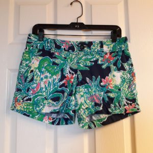 Lilly Pulitzer Bright Navy Trunk Show Callahan Short Size 4